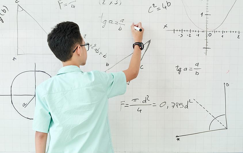 Equações do plano, Planos paralelos aos eixos e aos planos coordenados