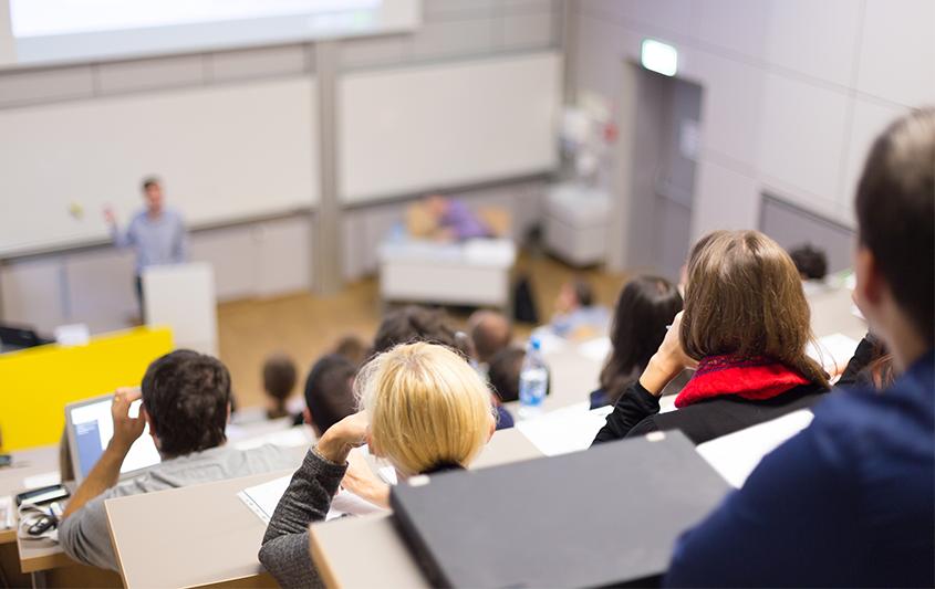 Tendências do pensamento político-pedagógico sobre a educação de jovens e adultos